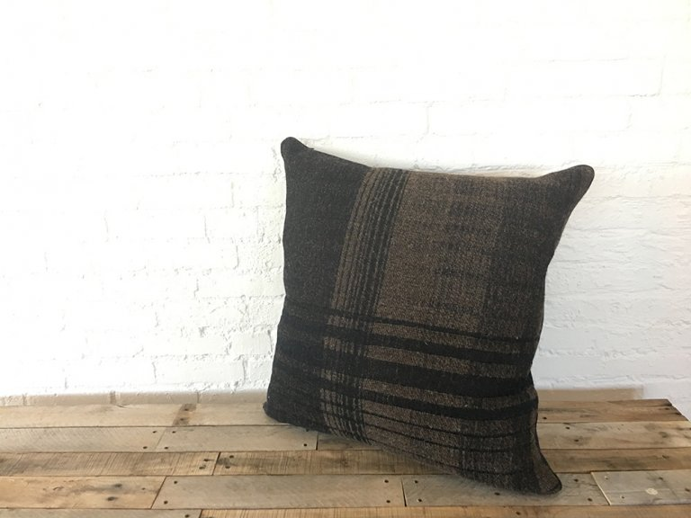 circuit-brown-pillow